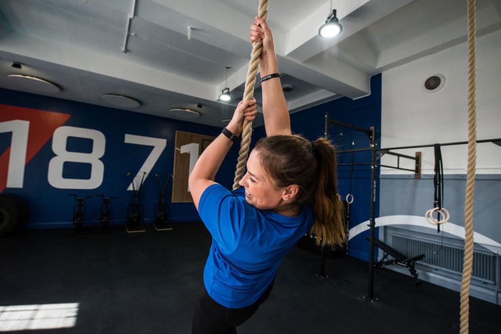 CrossFit - Liz Robertson - ropes